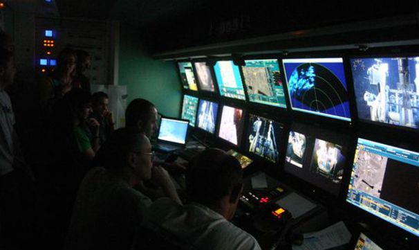 MOMAR-D - In the ROV control room during the installation of the observatory on the seabed.